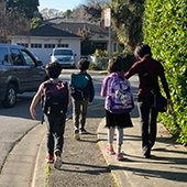 Crossing guards needed for Menlo Park elementary schools